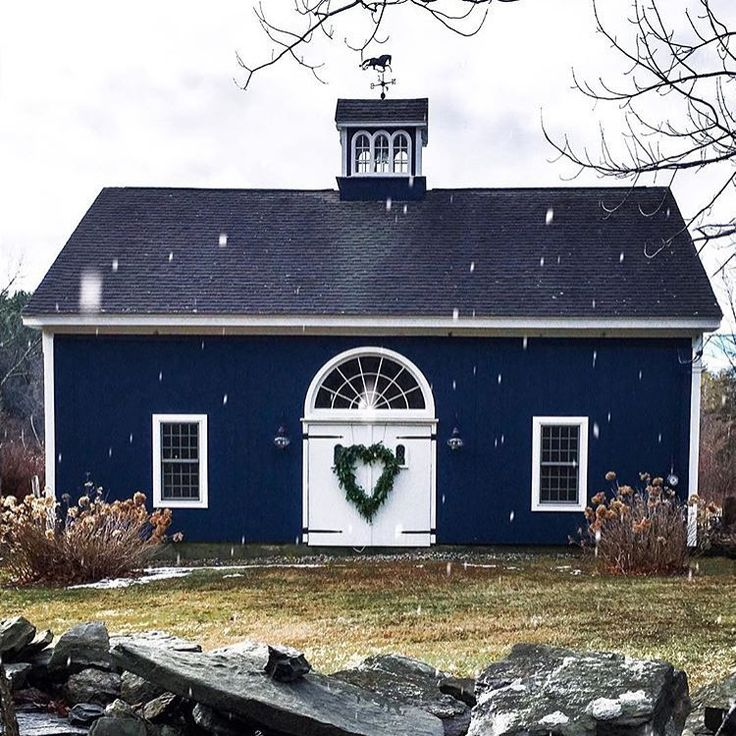 Best 25 navy blue houses ideas on pinterest navy house - Average cost for exterior house painting ...
