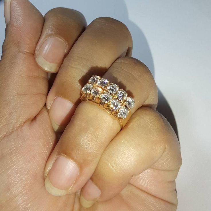 Cincin emas berlian Mode Baris 2. Hrg cuci gudang. Toko Perhiasan Emas Berlian-MJ,Jakarta +628118455779/DC9E309C Cp.Tri. #emas#berlian#investasi#gold#fashion