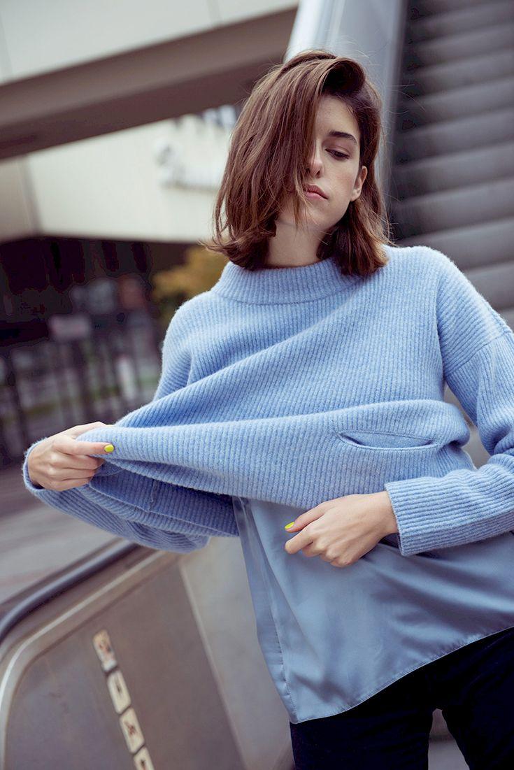 MARIE NASEMANN – FAIR FASHION LOOK MIT BLAUEM STRICKPULLOVER For full outfit description: http://peppermynta.de/2016/11/23/marie-nasemann-fair-fashion-look-fairknallt-blauer-strickpullover/ Fotos: Marie Hochhaus