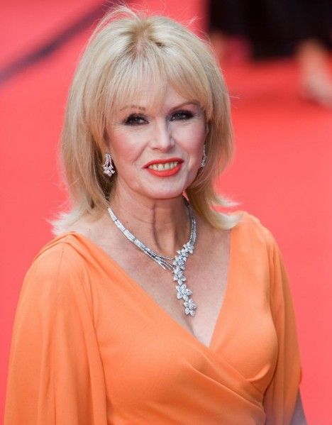 Joanna Lumley gives an Absolutely Fabulous lesson in aging gracefully