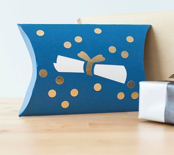 Send your favorite grad a special treat in a custom pillow box! It's cute and practical!