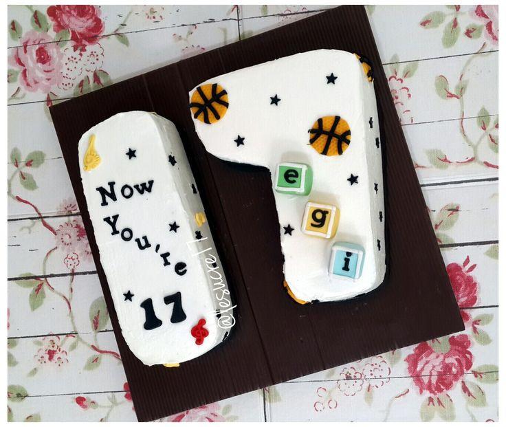 Sweet Seventeen Cake Choco Moist Cake Ig : @lesucre17