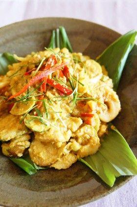 魚のスパイスココナッツ煮込み@カンボジア