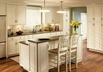 kitchen island seating, bi-level. Kraftmaid Square Raised Panel in Cream-Colored Thermfoil