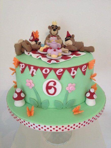 Teddy bear picnic cake  Cake by jodie