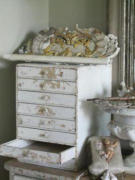 25 beste idee n over brocante meubels op pinterest hout brocant maken hout afwerking en - Shabby chique kamer ...