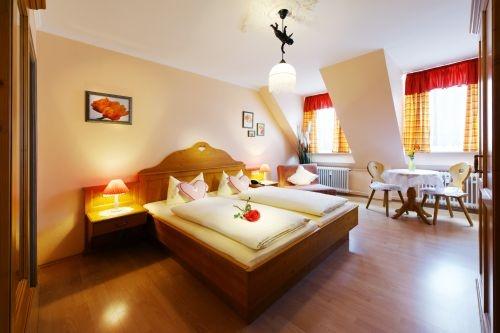 Double room in the Munich Hotel Monaco, Schillerstreet 9, 80336 München