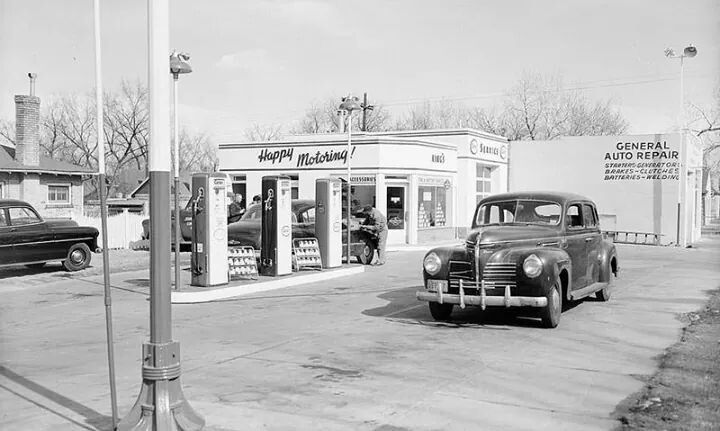 1000 images about old american gas stations on pinterest technology old cars and 1940s. Black Bedroom Furniture Sets. Home Design Ideas