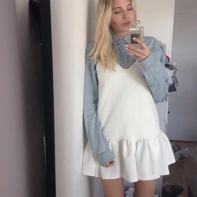@lottaliinalove bringing a new fashionable vibe to our while dress. We Love the layering idea babe!!