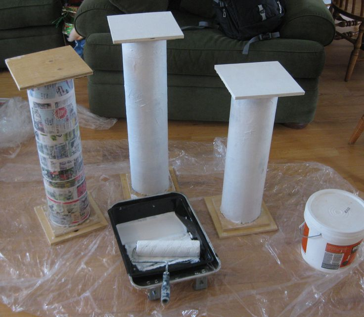 Toga Party Decorations | Painting the pillars for the Toga Party