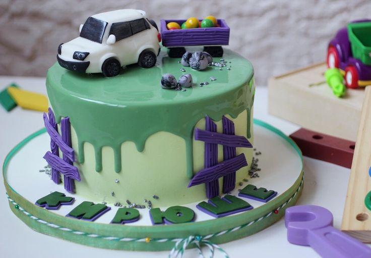 Именинный торт - сладости и радости в одном наборе