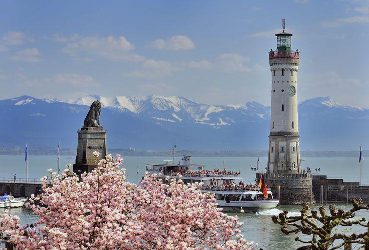 Hotel Bayerischer Hof - Direkt an der Seepromenade des Bodensees gelegen mit eindrucksvollen Alpenpanorama