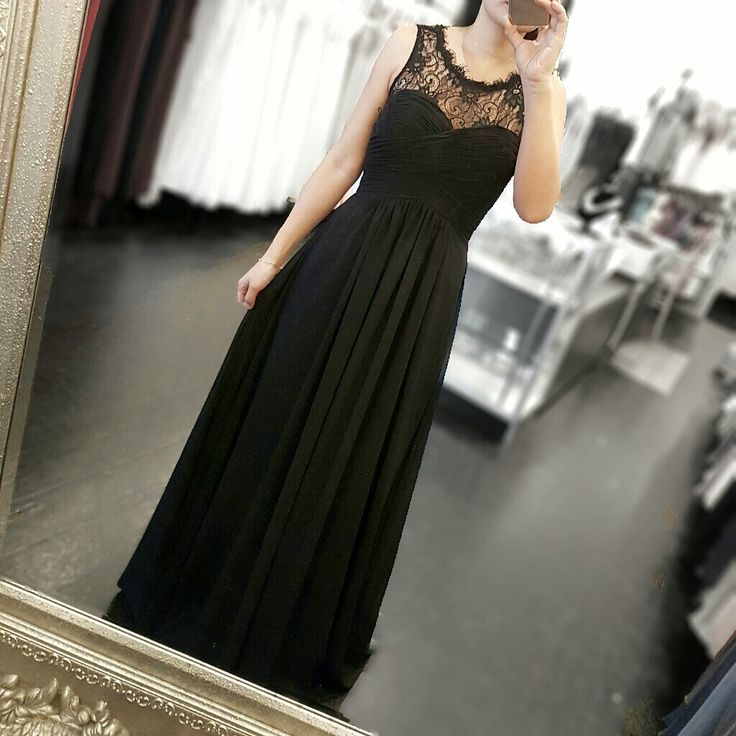 Vanilla dress - classic black with a lace vintage feel.