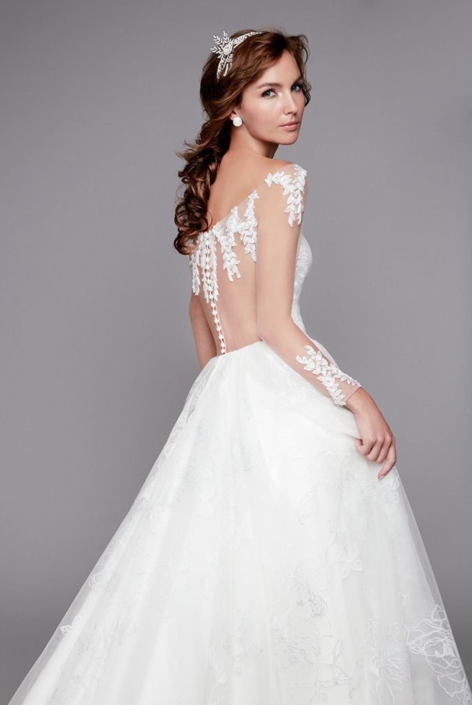 Fabulous Singapore Wedding Gown Wedding Gown Rental A line Wedding Gown This designer wedding