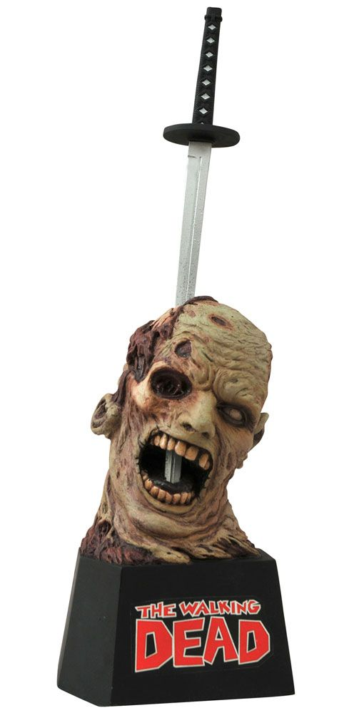 Pré-Encomenda:  The Walking Dead Letter Opener Michonne´s Sword 20 cm  Para mais informações clica no seguinte link: http://buff.ly/1nXLjWy  #ToyArt #DST #SeriesTV #TWD