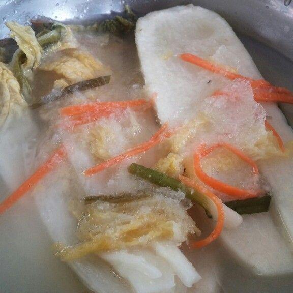 Dongchimi : sort of kimchi, muzu