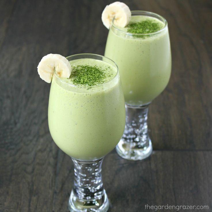 The Garden Grazer: Coconut Vanilla Matcha Smoothie 1