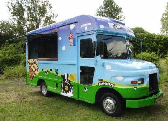 cafe-ausflug-dessert-ben-und-jerrys-truck
