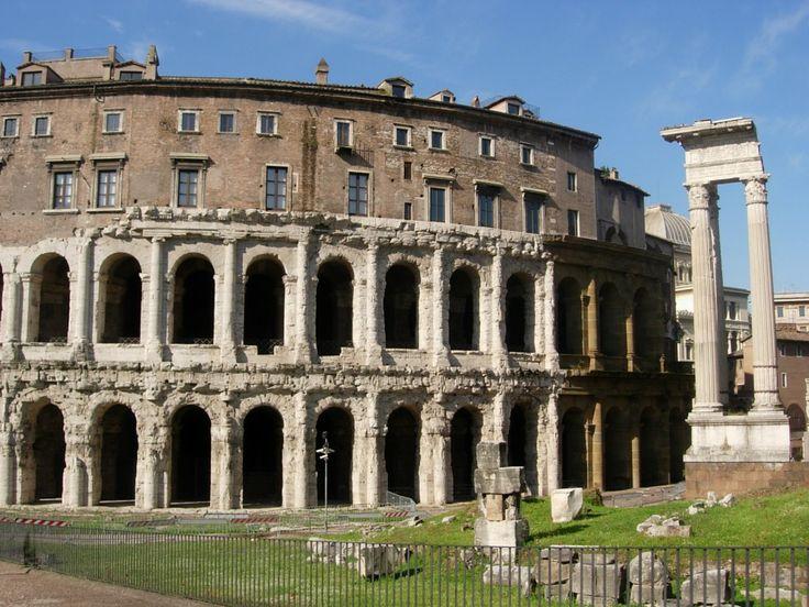 les 25 meilleures id es de la cat gorie la rome antique sur pinterest empire italien ruines. Black Bedroom Furniture Sets. Home Design Ideas
