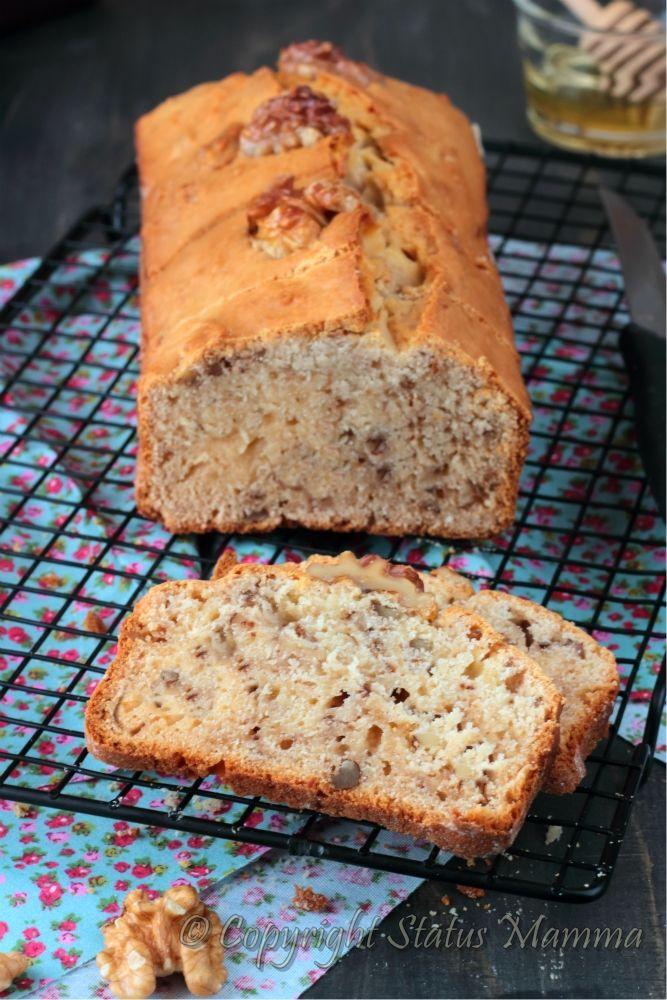 il plumcake è ideale per la colazione e la merenda in tanti modi , eccovi una versione soffice e gustosa con yogurt miele e noci.