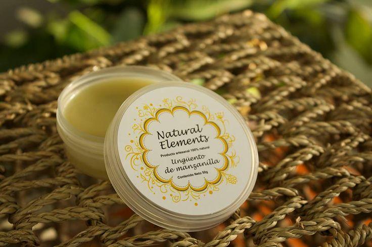 Cremas Naturales ¿Manos secas? Huméctalas con el Ungüento de Manzanilla, hecho a base de aceites y mantecas de semillas y frutas naturales.  Se utiliza como crema, es de rápida absorción y los resultados increíbles! Manos lindas y humectadas!!