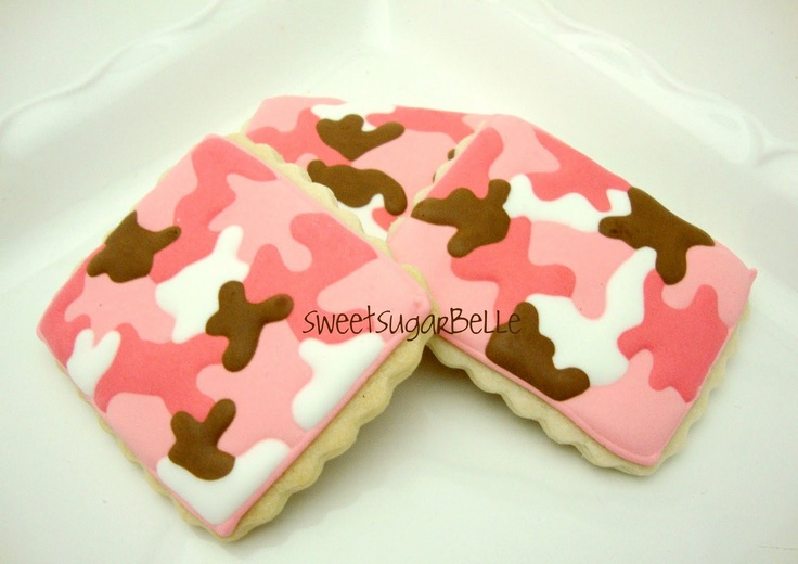 How to make PINK camouflage print on cookies  via Heather - Chickabug onto Camouflage/Army Party