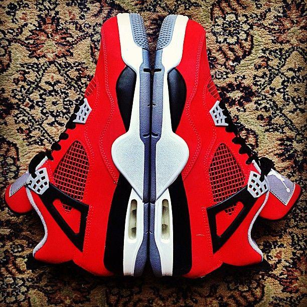#airjordan #j4 #torored #sneakerbarber