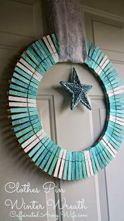 Winter Clothes Pin Wreath #DIY #Simple