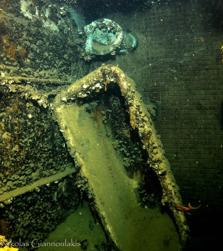 Underwater explorations and discoveries in Crete - Nikolas Giannoulakis and his WW2 Wrecks