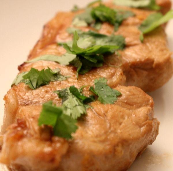 Côtes de porc marinées au gingembre et au miel
