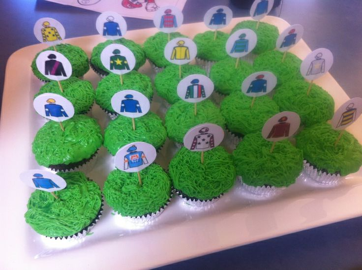 S & M cupcakes: Melbourne cup sweep