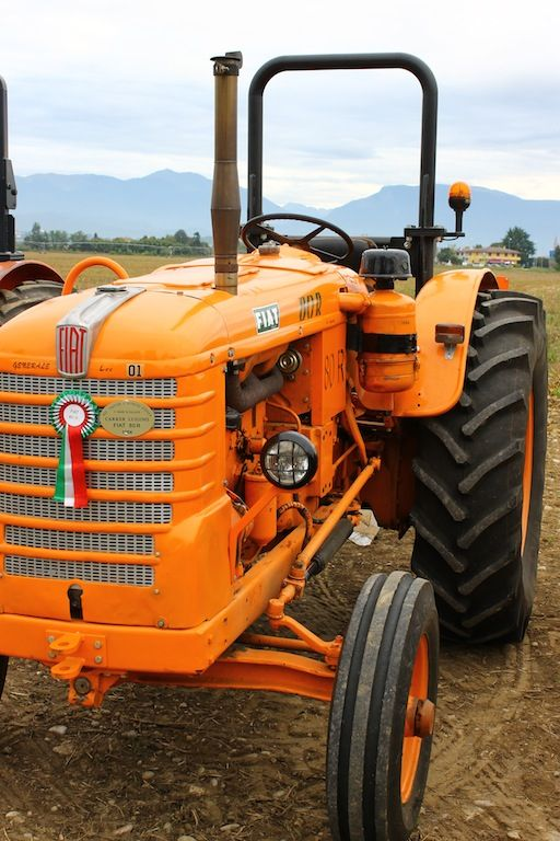 Fiat Hesston Tractors Farm : Best images about fiatagri on pinterest logos old