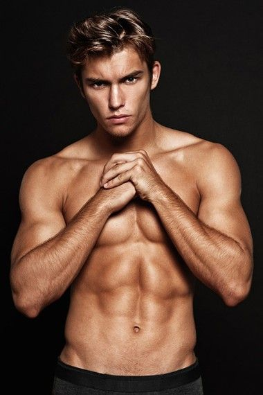 Your Hunk of the Day: Lucas Garcez