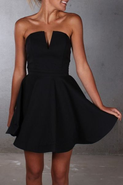 Simple Black Homecoming Dress,Strapless Mini Prom Dress,Sexy Open Back Party…