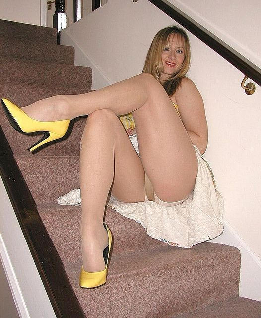 Babe like mature women in heels and pantyhose yes! some