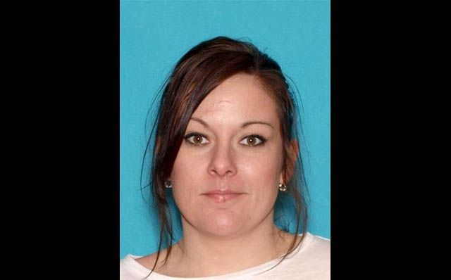 Clarksville Police reports Angela Carlton arrested in Coffee County