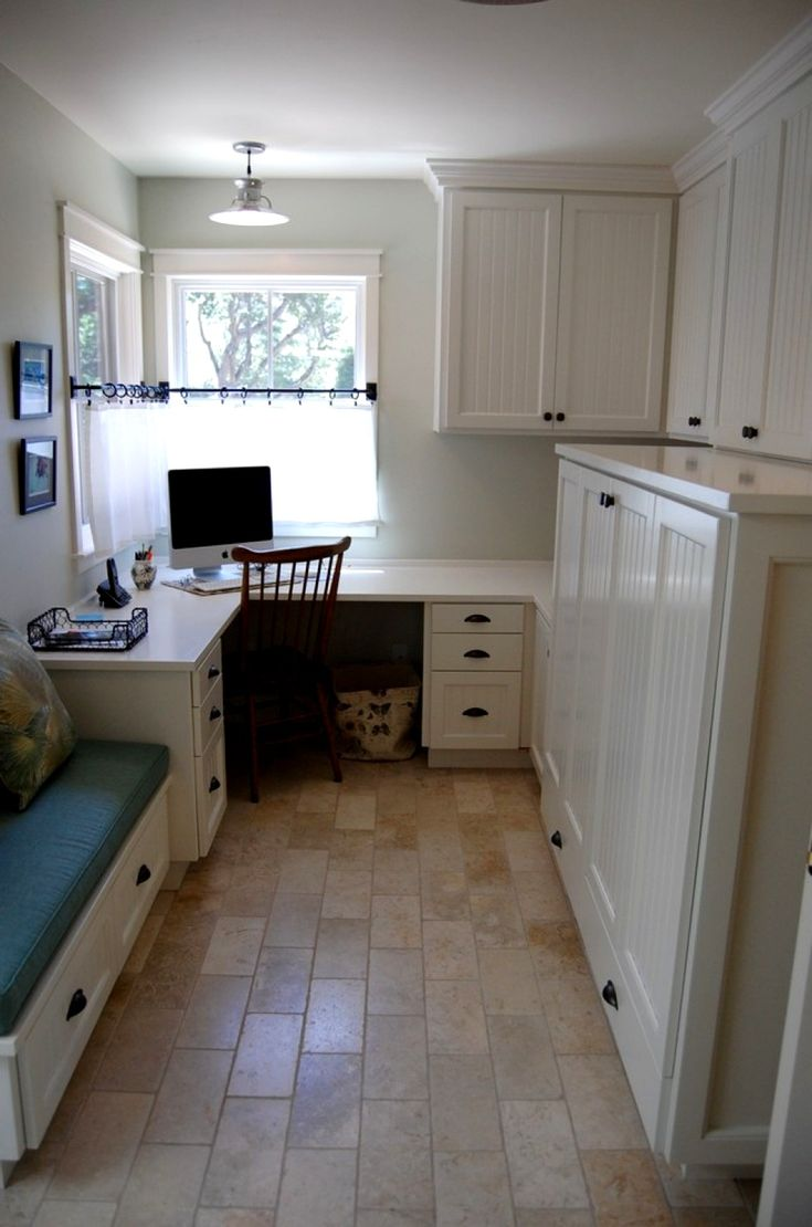 Craft room office ideas - Mud Room In Traditional Home Office Idea Office Mudroom Pinterest Mud Rooms And Mudroom