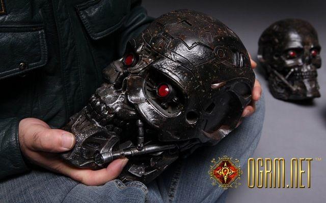 OGRM 1:1 T-600 Terminator Skull Model T600 LED Light Eyes Storage Box Collection T800 Terminator 5 Genisys Skeleton Figure