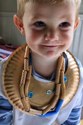 Manualidad infantil joyas egipcias
