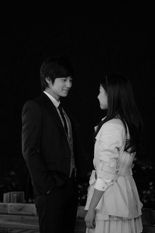 These two were so great. I felt bad for Ga Eul, though, because she's just head-over-heels for Yi Jung, and sometimes, I think Yi Jung's just playing around with her...on some days, he's a little angel around her, and on other days, it's like he doesn't even care about her feelings. I've been in Ga Eul's position and it hurts so bad...so, I hope these two will end happily.