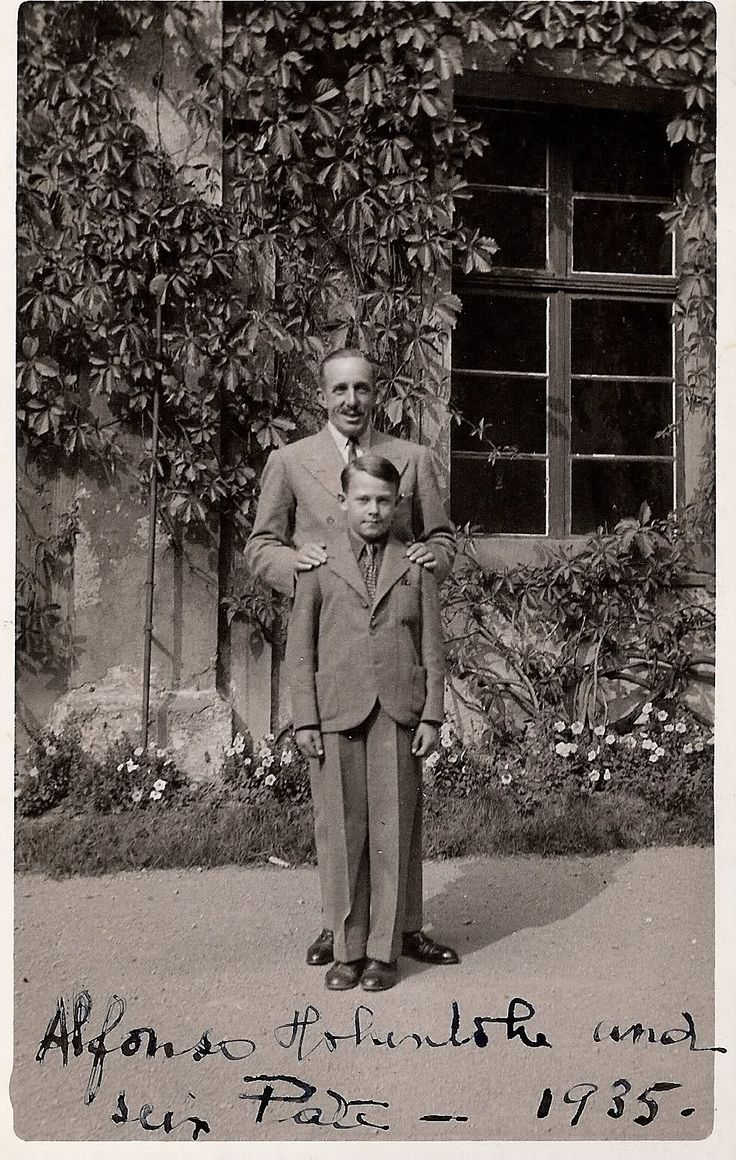 Alfonso XIII and his son Alfonso.