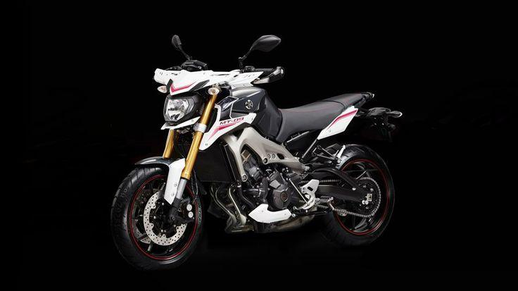 MT-09 Street Rally 2014 - Motocicletas - Yamaha Motor España Marketing