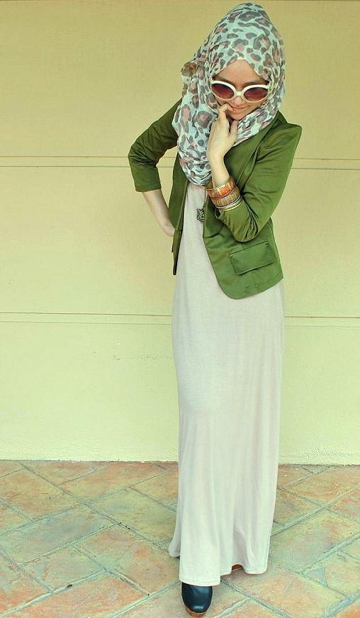 LOVE the green! ❤ hijab style
