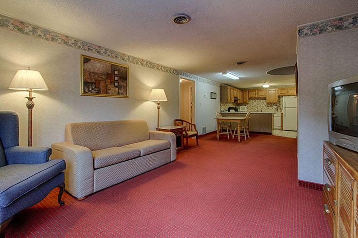 Family Suite 200 (1 Bath) - 3 queen beds and 1 sleeper sofa! http://hotel-gatlinburg.com/rooms-list/family-suite-200-1-bath/