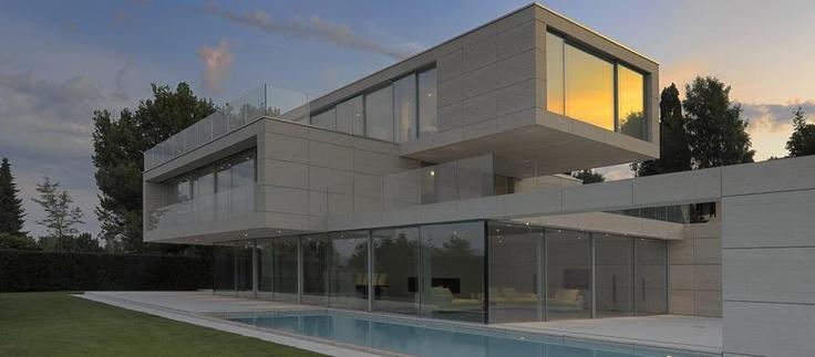 Villa at Lake Zurich Zollikon und Ruben Daluz Dipl