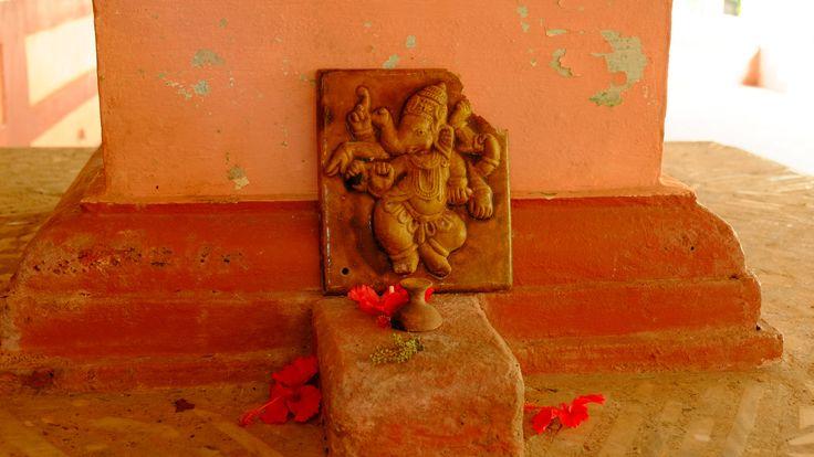 https://flic.kr/p/uXoA9h   Mauli temple, Valavali   Konkan, Maharashtra
