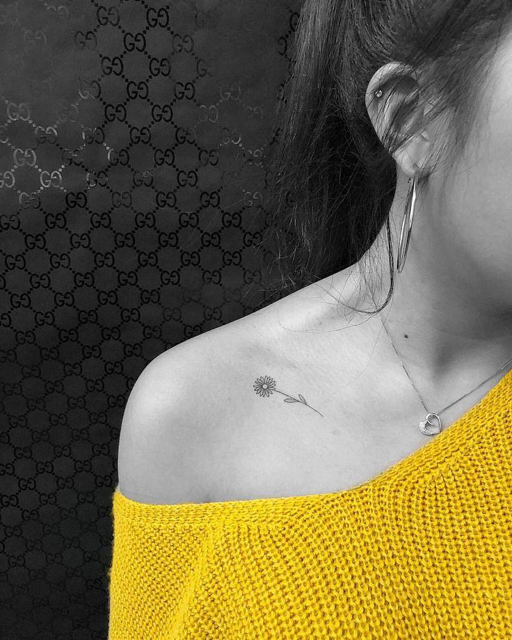 """Daisy tattoo, flower tattoo, small tattoo, small daisy 22.9k Likes, 158 Comments – c/s ∴jon✞boy∴ p/v (Jon Valena) on Instagram: """"daisy Nicole …"""