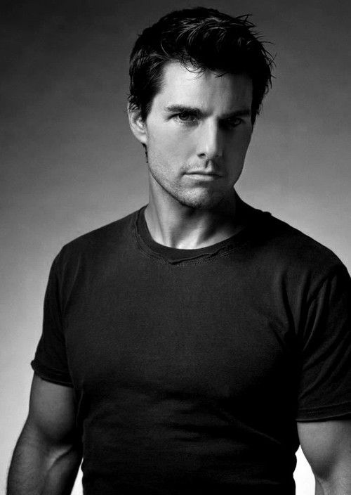 Tom Cruise. of all my actors that i like I would love to kiss this guy!!!!