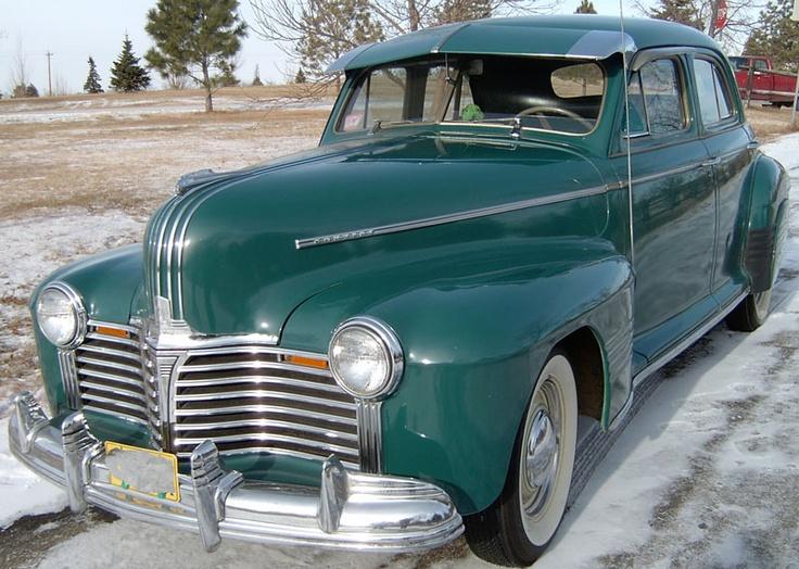 1941 Pontiac Deluxe Torpedo Six Silver Streak Sedan