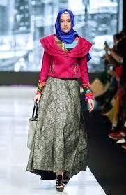 Gaya Hijab Dian Pelangi | Cantik Berbaju Muslim